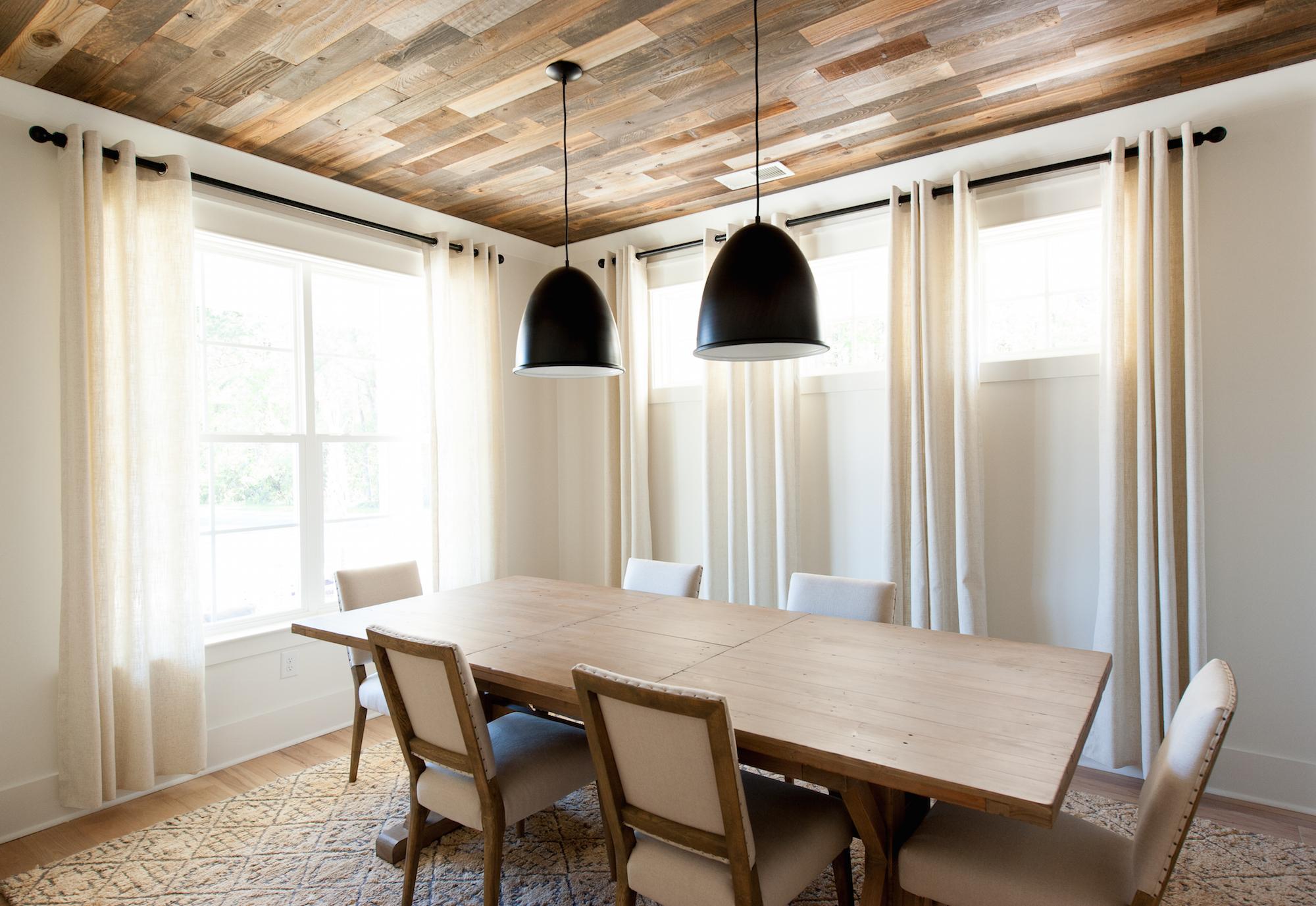 Crescent Homes - Designer Lighting Dining Room