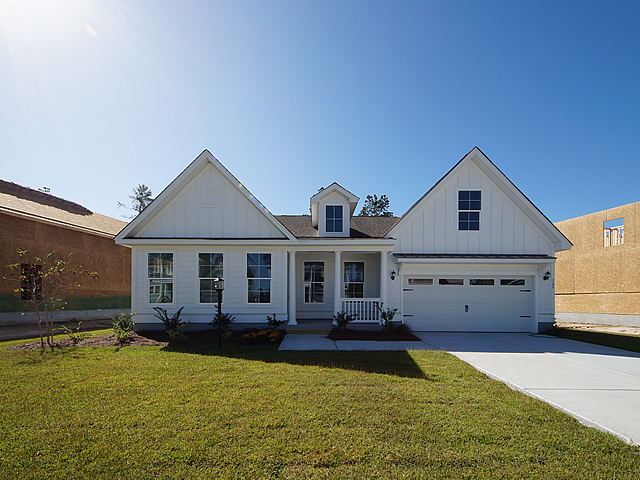 Delaware Move In Ready Home The Coves At The Lakes At Cane Bay Summerville